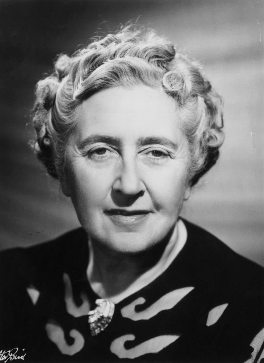 A Bit Of A Ramble: Agatha Christie vs John Dickson Carr